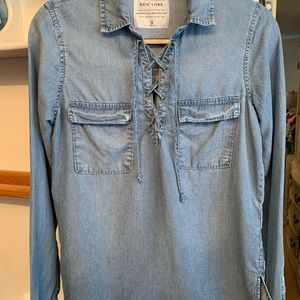 Women's Abercrombie & Fitch Denim Top Size Small